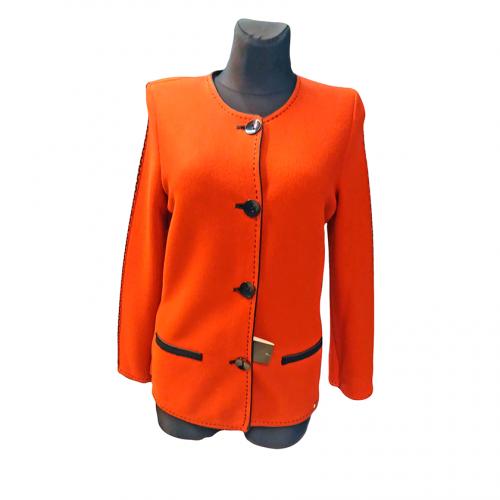 Oranžinis megztinis moterims ASTR3