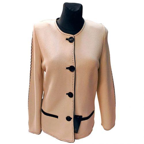 Klasikinis šviesus moteriškas megztinis ASTR28
