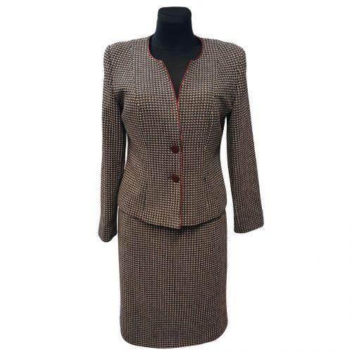Klasikinis moteriškas kostiumas su pamušalu Karlex brd