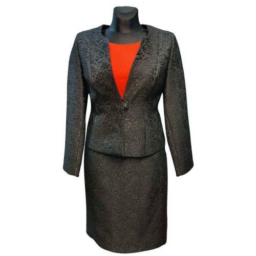 Klasikinis moteriškas kostiumas su pamušalu KRLX5