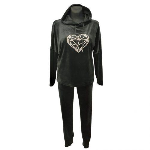 Juodas veliūrinis moteriškas sportinis kostiumas Monika jd heart